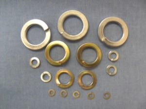Single coil flat section washers