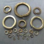 Single coil square section washers